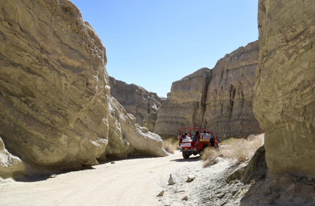 Red Jeep Tour of the San Andreas Fault in Palm Springs