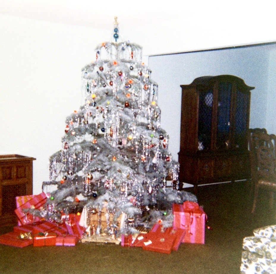 Silver Tinsel Christmas Tree With Color Wheel: Love/Hate Childhood Memories Of Christmas