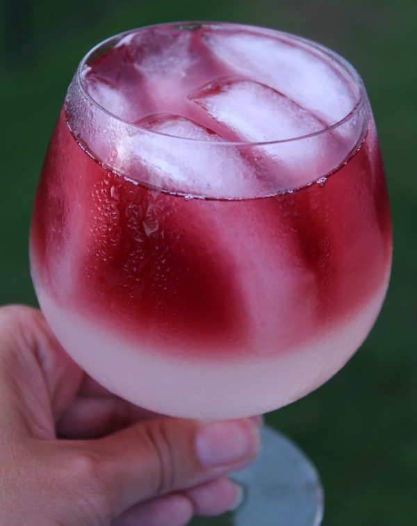 Lemonade Wine Cocktail recipe