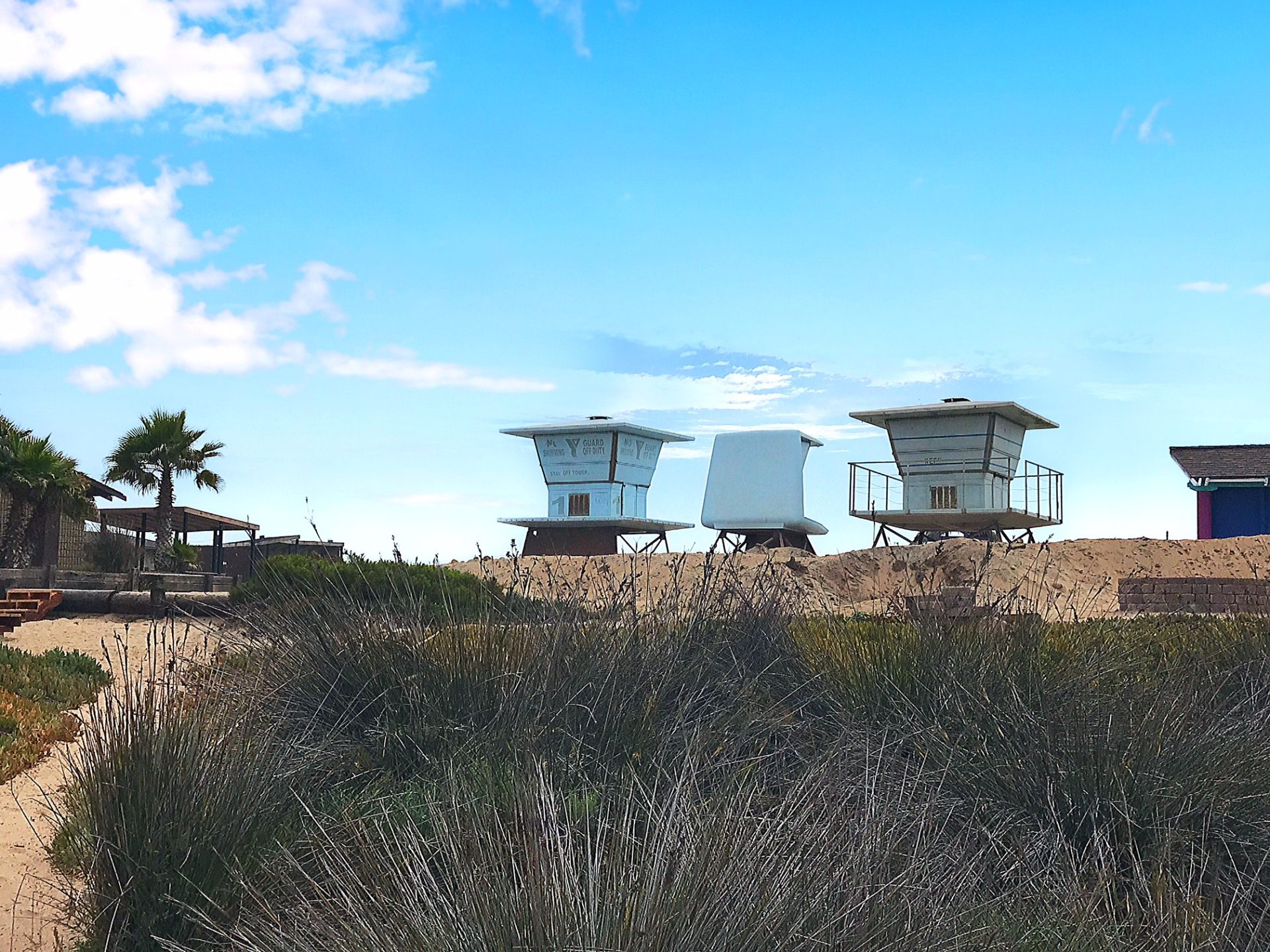 lifeguard towers in Imperial Beach
