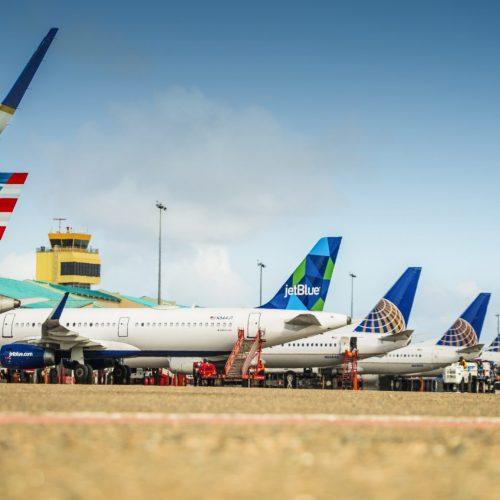 planes at Aruba Airport