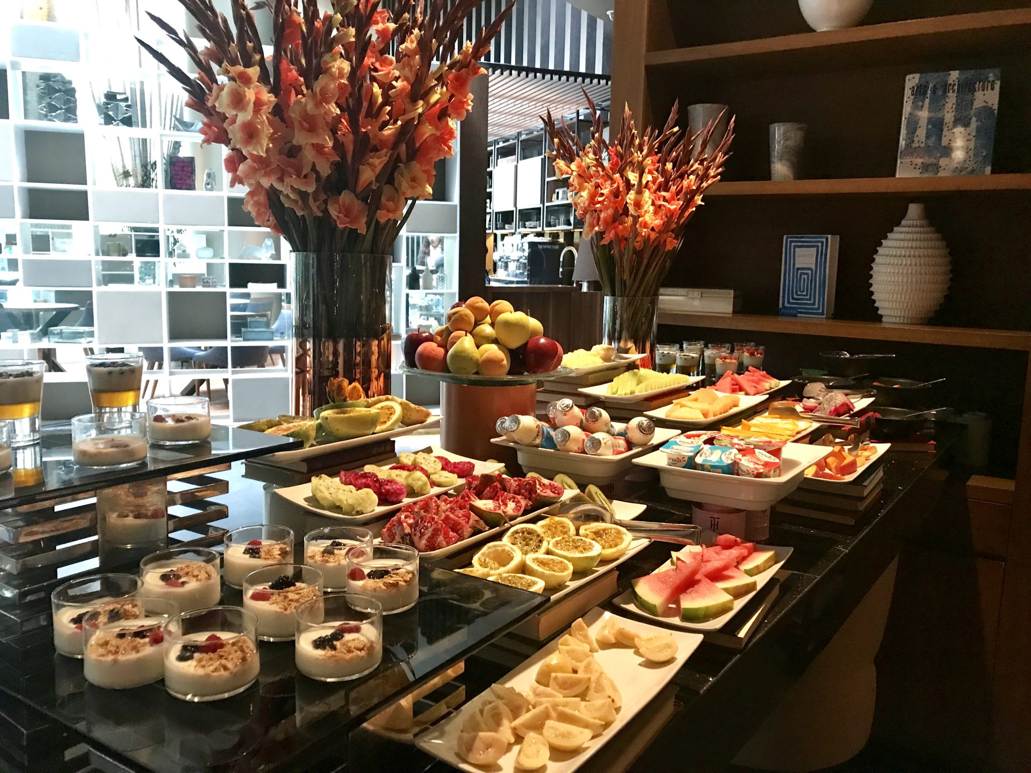 Live Aqua CDMX breakfast buffet