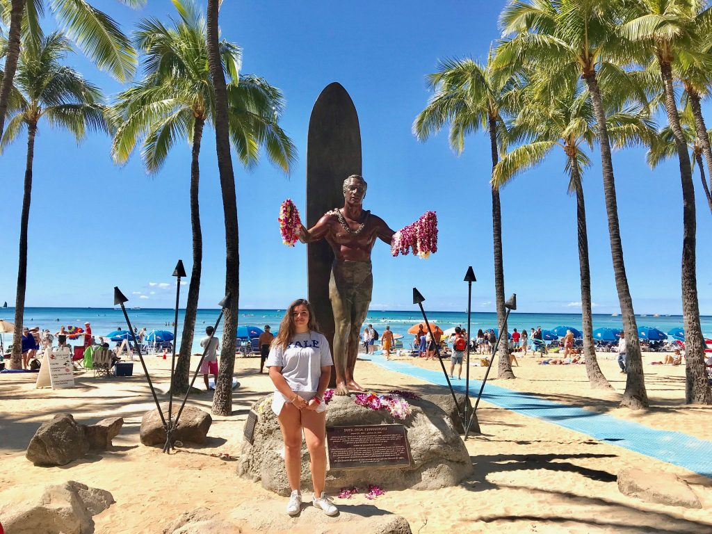 Duke Kahanamoku statue Waikiki Beach Honolulu