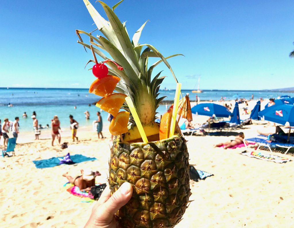 pineapple drink Waikiki Beach Honolulu