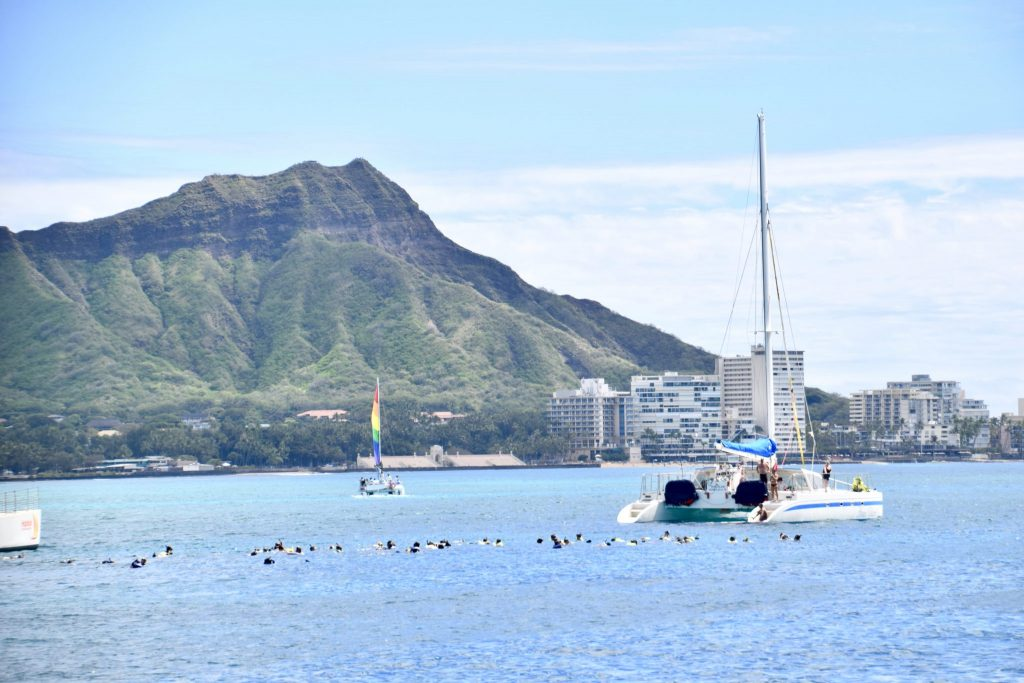 Diamond Head Waikiki snorkeling catamaran