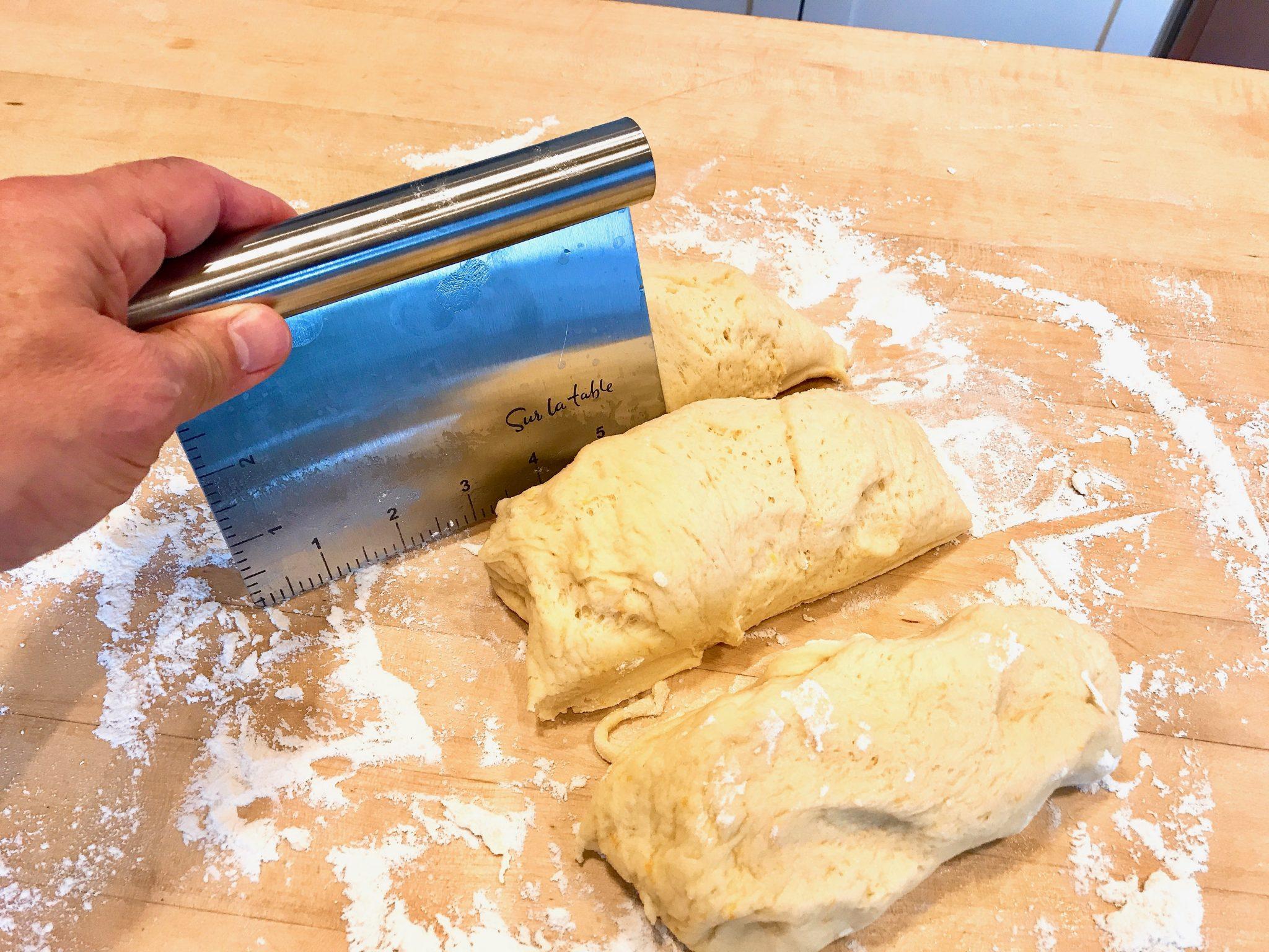 Dividing bread dough