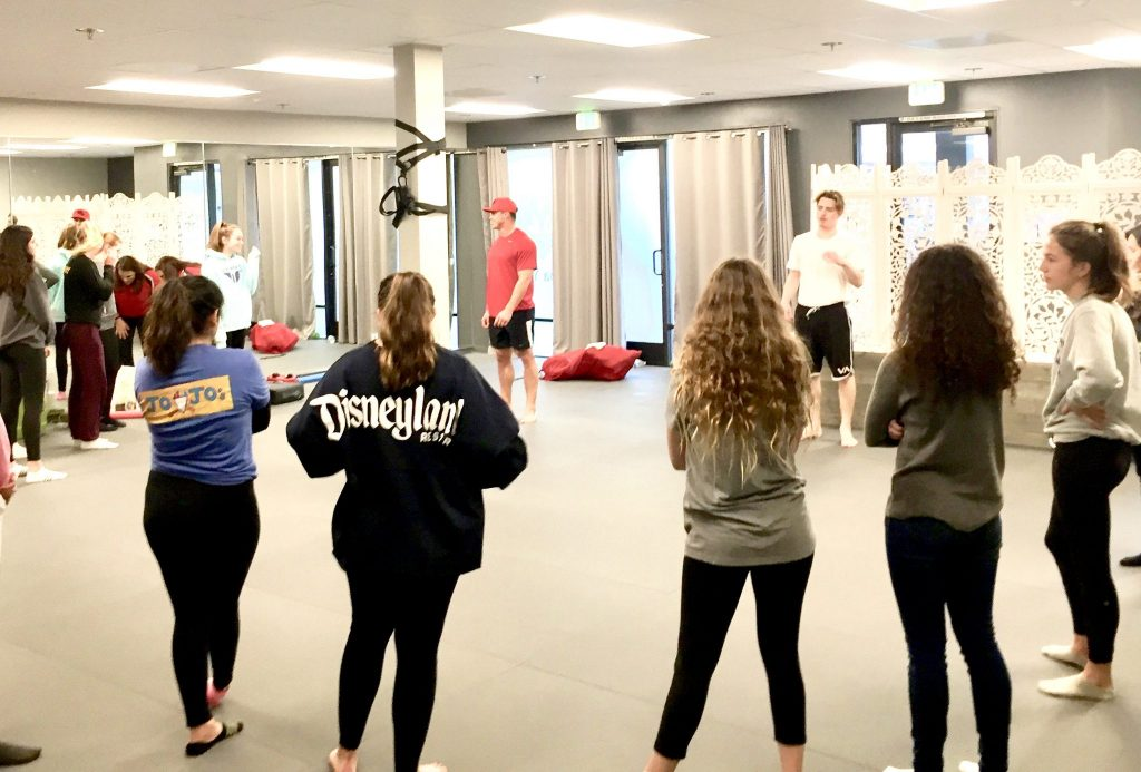 girls self defense class circle