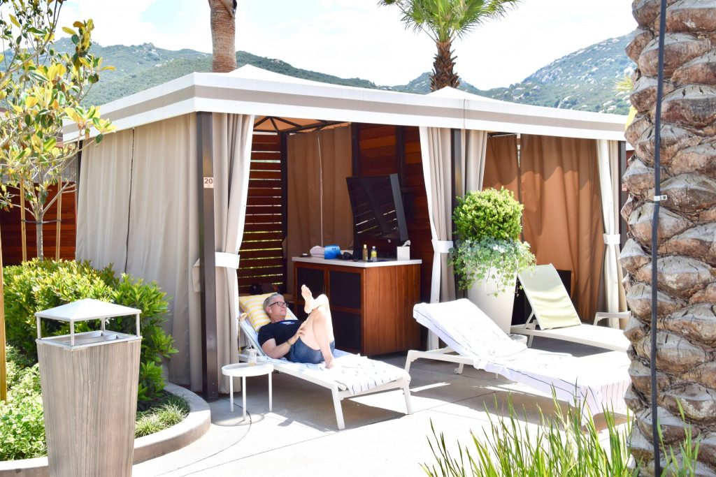 pool cabana at Pechanga Resort