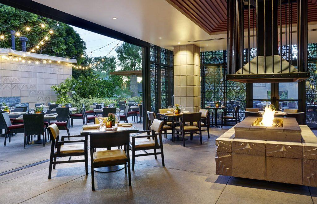 sun room at Frank & Albert's restaurant at Arizona Biltmore Resort