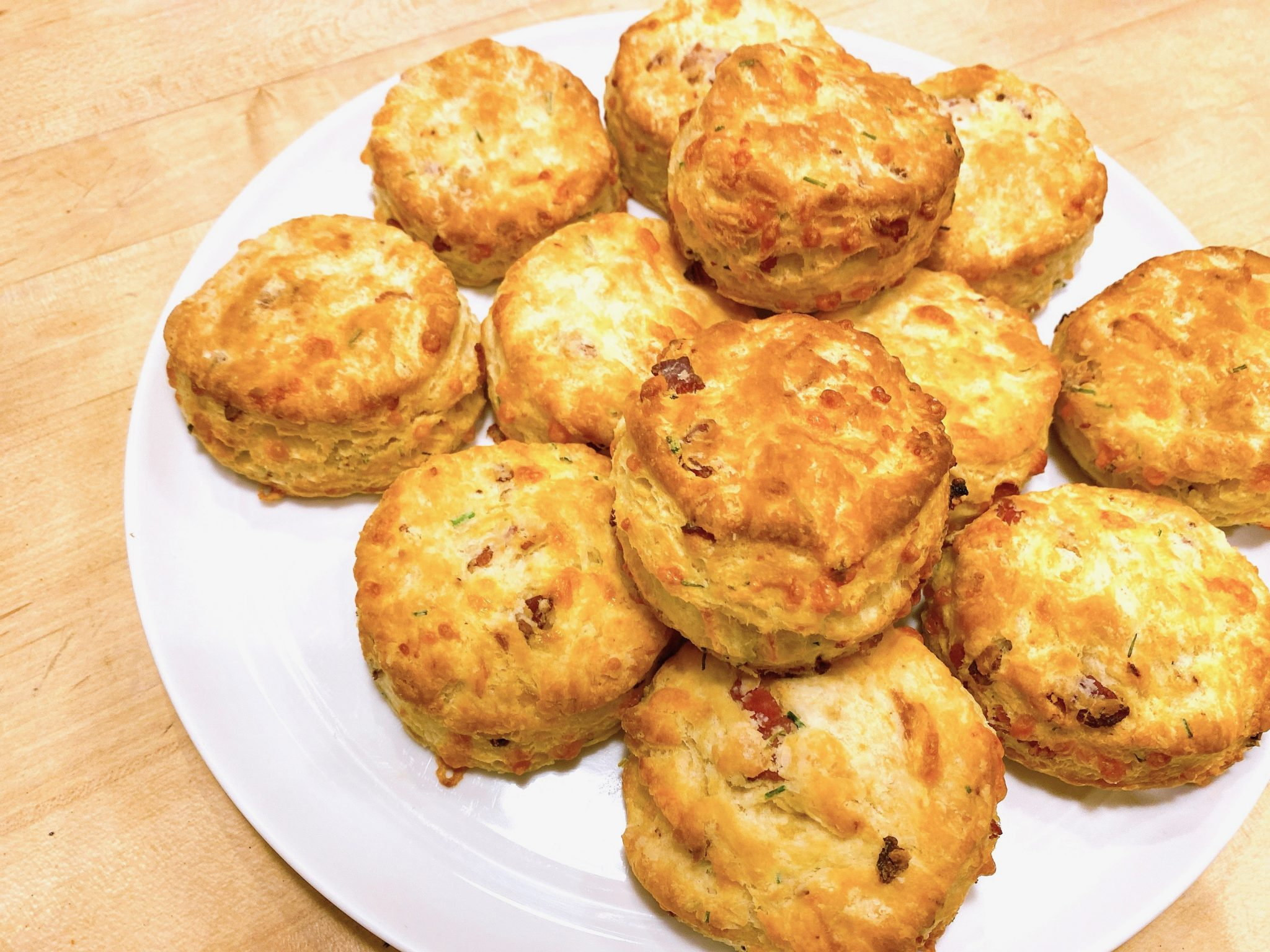 The Best Most Flakylicious Bacon Cheddar Biscuits Recipe