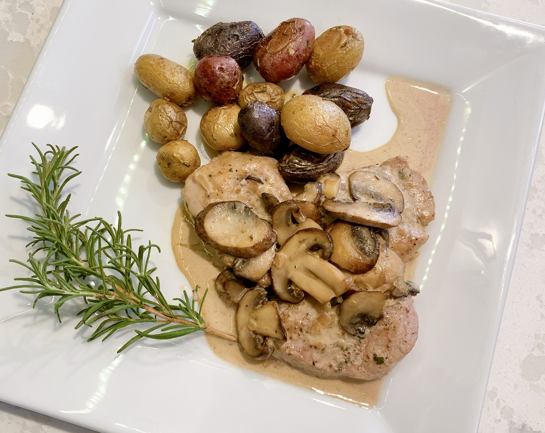 Recipe for Pork Tenderloin Medallions with Sherry and Thyme