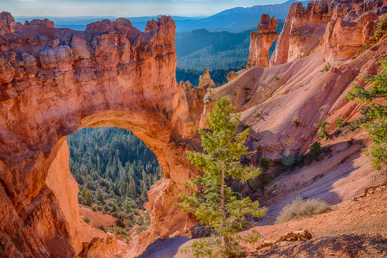 Natural Arch in Bryce Canyon National Parks, Utah